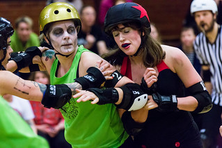 Rottin' Rollers vs Brass Knuckle Harlots