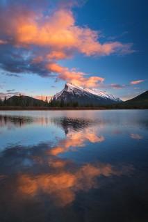 Vermillion Lakes, Banff, Alberta | Pic by Dylan Toh & Marianne Lim [1334x2000]