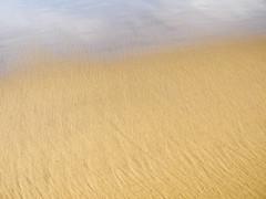 VeilWave.jpg (Klaus Ressmann) Tags: klaus ressmann omd em1 olympus system abstract beach fcharente sand winter design flcabsnat minimal klausressmann omdem1 olympusomdsystem