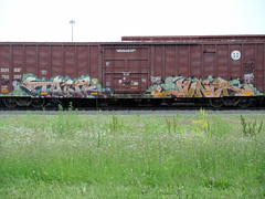 Tank , Juner (Select1200) Tags: railroad chicago art graffiti midwest trains boxcar graff benching