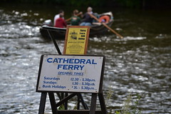 Cathedral Ferry, Worcester (Markb1985) Tags: ferry river boat crossing row severn riversevern rowing worcester
