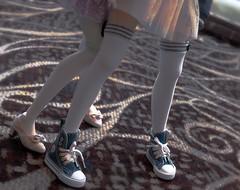 detail of Nia & Kotori @ AB (___rei) Tags: detail stockings socks carpet shoes doll dolls glow legs details ab skirt sneakers together heels swirls nia dollfie tulle laces twogirls weirdcolors animeboston kotori dollfiedream dollmeet dollfashion dd06 dollfiedreams niateppelin may2013 ab2013 animeboston2013 may2013meet animebostonmeet vegablack