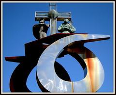 Monte do Gozo (Jos Luis Lpez Vzquez) Tags: santiago de nikon do camino jose luis monte lopez lugo rei santo ano melide gozo sixto palas vazquez sarria camio sisto portomarn arza ourol s8000 orol
