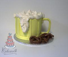 BEER MUG CAKE (cakewalkdesserts) Tags: beer cake oktoberfest pretzels mug