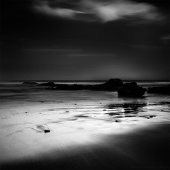 Clair de sombre (photofabulation) Tags: ocean africa longexposure bw water eau nb le maroc afrique ocan poselongue elgzira