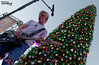 Citadel Outlets Tree Lighting (pre-show) 11/09/2013 #12 (jus10h) Tags: california lighting christmas music tree losangeles nikon commerce citadel live annual outlet outlets jessemccartney r5 2013 openaudition d5100 rosslynch misscommerce francesduenas