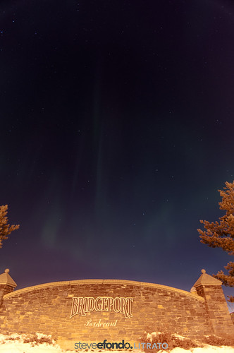 Northern Lights above Bridgeport, Leduc