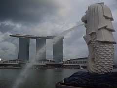 Merlion & Sands Sky Park (Bootnecks) Tags: park sky singapore sands marinapark marinabay merlionpark singaporemerlion