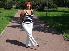 amp-0534 (vsmrn) Tags: woman crutches amputee pegleg