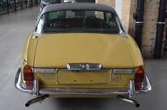 Jaguar XJ12-C 5.3 Coupe (1976) (Transaxle (alias Toprope)) Tags: auto berlin classic cars beauty car vintage nikon power antique vinyl voiture historic coche soul carros classics carro oldtimer jag british jaguar autos veteran  macchina coupe antiguo 1976 coches clasico voitures toprope v12 remise xj xj12 meilenwerk macchine 2door vinylroof altmoabit britcar xjc 2doors xj12c  kraftwagen 53litre wiebestrasse
