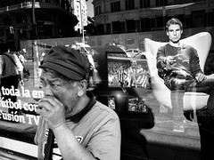_G000722 (Fabio McCaree) Tags: madrid street bw snaps gr ricoh spigolature