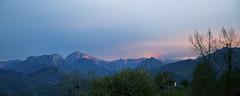 Pierzu y Mota Cetin (elosoenpersona) Tags: sunset mountains atardecer asturias mota cordillera montaas ponga collada cantabrica piloa cetin elosoenpersona pierzu mohandi viyao