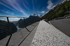 hold the line (e-box 65) Tags: geiranger fjord road view viewpoint bench sky mountain norway bend ørnesvingen norge moreogromsdal scandinavia straight line