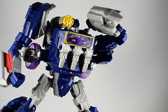 Generations - Soundwave (Tformer_90) Tags: rumble war transformers generations wfc frenzy decepticon soundwave foc cybertron ravage laserbeak