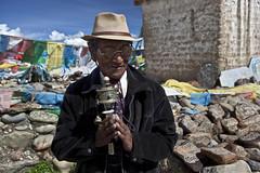 OM MANI PADME HUM (L I C H T B I L D E R) Tags: china portrait man prayer buddhism tibet spirituality kailash ommanipadmehum darchen
