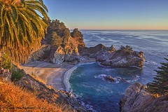 Before The Rise of Venus and the Milky Way (HavCanon.WillTravel) Tags: sunset beach bigsur pacificocean coves juliapfeifferburnsstatepark fdrtools mcveyfalls