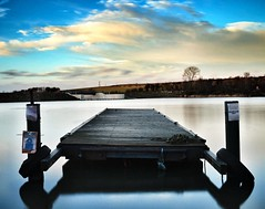 Ulley Reservoir (dynamo photography2509) Tags: sunset england nature water nikon december jetty reservoir slowshutter rotherham southyorkshire