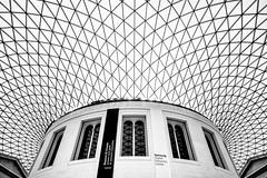 British Musuem (Nicoet) Tags: bw london architecture britishmuseum
