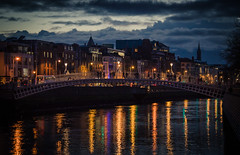 Dublin at night (sxdlxs) Tags: longexposure bridge ireland light sunset blackandwhite dublin color colour reflection bus cars colors car bar night clouds river temple lights colorful stream exposure colours liffey nighttime
