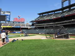 Citi Field, 05/16/13: a Season Ticket Holder takes batting practice (IMG_0848) (Gary Dunaier) Tags: newyorkcity baseball stadiums queens mets queensborough newyorkmets queensboro ballparks flushing stadia queenscounty citifield