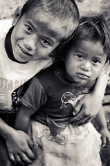 Children, Ghandruk, Nepal (Andrew Taylor Photography) Tags: nepal boy portrait people mountains girl children subject himalayas gurung annapurnasanctuarytrek ghandruk abctrek annapurnabasecamptrek annapurnahimal gandakizone annapurnahimalaya annapurnaconservationarea