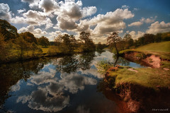Chatsworth Park (Stevacek) Tags: park england english nature beautiful clouds reflections river countryside derwent derbyshire bank chatsworth