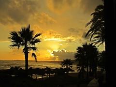 Puesta de sol (Antonio Chacon) Tags: sunset espaa paisajes atardecer andalucia puestadesol malaga marbella mygearandme esenciadelanaturaleza