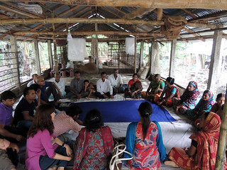 Participatory approach, Bangladesh. Photo by Mahabubur Rahman, 2012.
