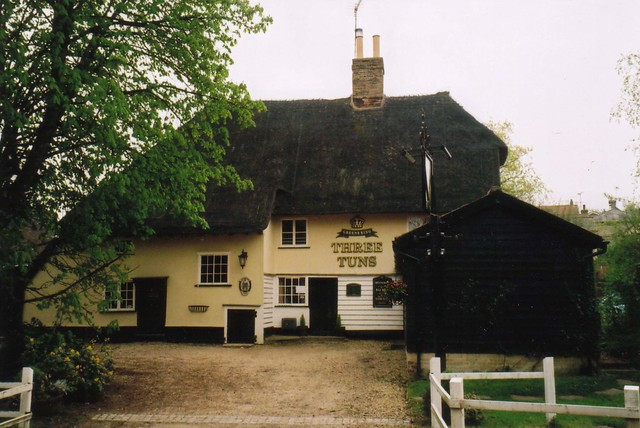 Three_Tuns_Gt_Hormead_formerly_Three_Horseshoes_James_Gould_landlord_here_in_1881