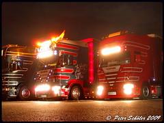 SCANIA V8 - Vögel - A (PS-Truckphotos #pstruckphotos) Tags: scania v8 vögel a 2 truck lasbil lorry lkw lastwagen truckfoto truckphoto truckspotting sweden schweden norwegen norway dänemark denmark europe europa deutschland tyskland germany niederlande netherland holland benelux pstruckphotos lkwfotos truckpics truckphotos lkwpics supertrucks trucking fotos truckfotos lastwagenfotos lastwagenbilder trucks lastbil truckspotter lkwbilder supertruck camion truckkphotography truckphotographer truckspttinf truckphotography lkwfotografie auto
