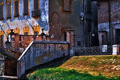 Villa Borromeo Visconti Biglia Confalonieri Gandini (Marco Trovò) Tags: italy milano case canon5d lombardia hdr ville castelli naviglio paesi robeccosulnaviglio villagaia palazzoarchinto marcotrovò marcotrovo