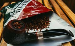 Pfeife (der_scholt) Tags: virginia pipe db tobacco briar burley halfandhalf pipesmoker rusticated bruyère tobaccopipe vsco designberlin rustiziert bellinirustik01 bellini01 bruyèreholz
