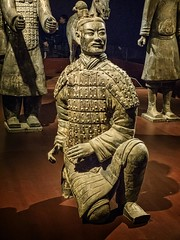 A Qin Dynasty terracotta warrior from the tomb of Chinese emperor Qin Shi Huang 210 BCE (3) (mharrsch) Tags: terracottawarrior emperor china qin qinshihuangdi tomb burial 3rdcenturybce ancient thefieldmuseum chicago illinois mharrsch