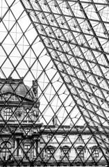 Lines (cahharin) Tags: paris paryż luvre black white