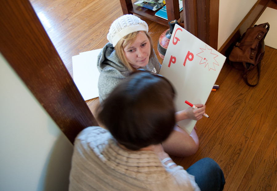 GPP volunteer sign making 012