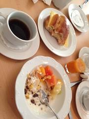 Frukost 6/7 (Atomeyes) Tags: juice mat dsseldorf tyskland kaffe ost frukost skinka msli frallor
