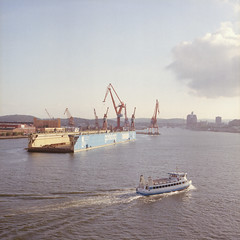 Harbour (a m o) Tags: new color 120 film ferry gteborg dock kodak harbour gothenburg cranes negative bronica 400 scanned medium format 28 80 sq portra canoscan sqa zenzanon 9000f