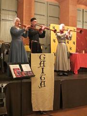 Gaita playing Shawms (Shawmist) Tags: music medieval gaita shawm shawms