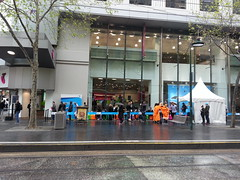 Apple iPhone 5s queue at Telstra Bourke Street Mall, Melbourne (avlxyz) Tags: fb queue iphone fanboi flickrandroidapp:filter=none iphone5s