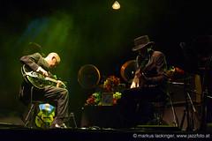 DEAD COMBO (jazzfoto.at) Tags: salzburg portugal republic sony jazz noflash portogallo withoutflash salzburgaustria ohneblitz austriasalzburg sonyalpha jazzphotos salzburgfestival portuguesemusic salzburgoaustria португалия jazzfoto jazzfotos blitzlos wwwjazzfotoat markuslackinger altstadtsalzburg jazzinsalzburg jazzthecity jazzthecitysalzburg salzburgjazz salisburgoaustria sonyalpha77 altstadtmarketingsalzburg jazzthecity2013 antonneumayrplatz2 republicsalzburg salzbourgautriche salzburgoáustria austriasalzburgo autrichesalzbourg austriasalisburgo áustriasalzburgo