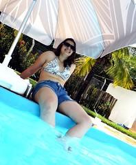 (Iza Batista) Tags: pool brasil piscina calor
