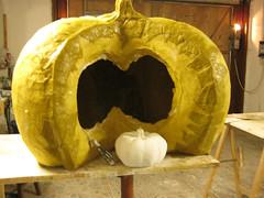 zucca per vetrina_cartapesta_step3