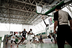 NBB - PALMEIRAS X FRANCA - 06/12/2013 (Icaro Limaverde) Tags: game sports basketball sport brasil ball championship player professional match brazilian bola juego nacional esporte gymnasium quadra nbb baloncesto lnb balon basquete liga ginasio jogador ginásio