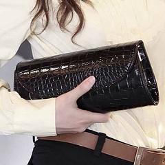 กระเป๋าคลัช แฟชั่นเกาหลีถือสวยหรูมีสายโซ่ถอดได้ใช้ออกงาน นำเข้า สีดำ - พร้อมส่งIS954 ราคา670บาท กระเป๋าคลัช กระเป๋าถือ อินเทรนด์ใหม่มีสะพายข้างยาวถอดออกได้สไตล์เก๋ แบบกระเป๋าสวยหรูหราไฮโซ ดีไซน์เก๋แบบทรงแข็ง ด้านบนปิดด้วยแม่เหล็ก ทรงสวยด้วยหนังสังเคราะห์แ