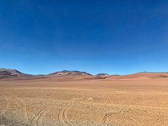 Off road. (david takes photos) Tags: losflamencosnationalreserve reservanacionallosflamencos atacama chile sanpedrodeatacama regiã³ndeantofagasta x