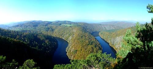 """vyhlídka Máj (Blick ins Moldautal vom Aussichtspunkt """"Mai"""")"""