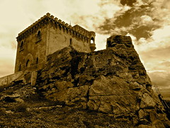 Santa Catalina (gig in gir) Tags: castle clouds spain nuvole castello spagna tarifa santacatalina