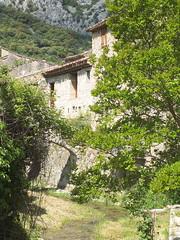 Saint-Guilhem-le-Désert (Jakob65) Tags: france fuji languedocroussillon hérault saintguilhemledésert lesplusbeauxvillagesdefrance xs1