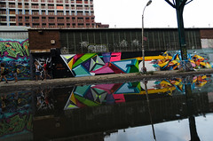 5POINTZ #6864 (benchorizo) Tags: nyc travel streetart newyork colors reflections graffiti nikon queens gothamist longislandcity 5pointz waterreflections banias d7000 benchorizo romeobanias