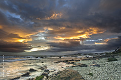 De vuelta a los sentidos primarios. (Francisco J. Prez.) Tags: naturaleza nature landscape mar spain agua paisaje playas fuengirola mlaga sigma1020mm pentaxart pentaxk5 franciscojprez